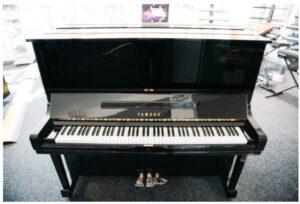 rekoncíciované pianíno z modelovej rady U black polished